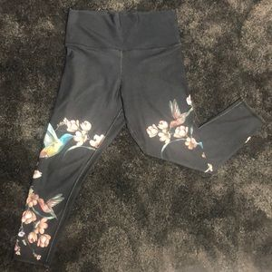 Amazing Grey Workout Leggings with flowers